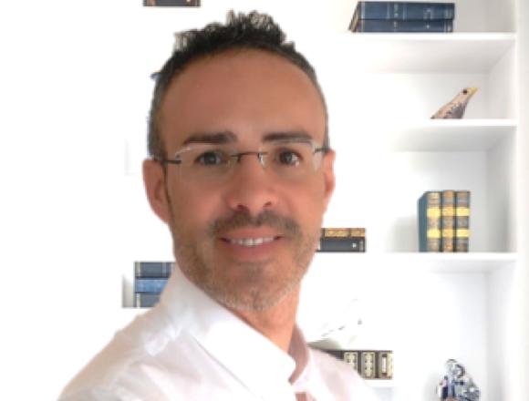 Dr. Carlos Candela Agulló
